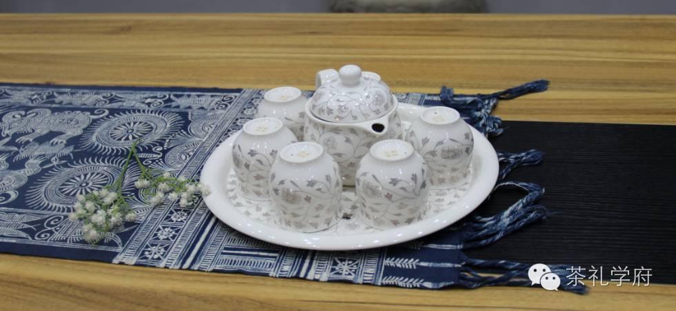 【茶道】如何斟茶、品茶、添茶? - shengge - 我的博客