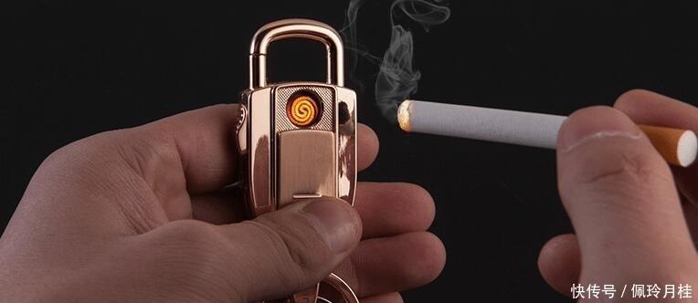 """男人30岁最好携带这些""""智能潮物"""",少喝一包烟就能买,用着忒过瘾"""
