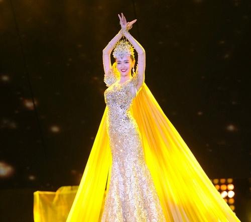 六位大牌女星皇冠顶戴大pk,林志玲似公主,杨颖赛仙女