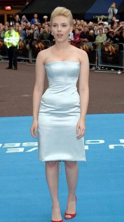 已坐稳好莱坞一姐位置?她不仅收入全球最高,总票房也是最高!