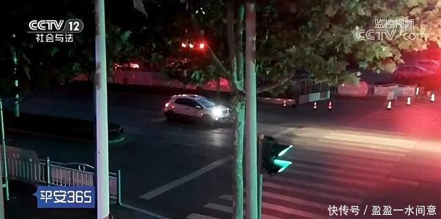 山东省日照市东港22岁男子醉驾被抓,交警竟在红绿灯口呼呼大睡