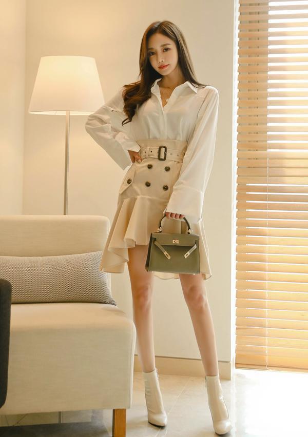 短皮裙配轻薄白衬衫 来看我 第4张