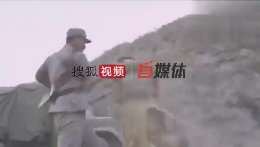 八路军特战队用大刀打残日军运输队,抢回一门大炮!这下子开心了