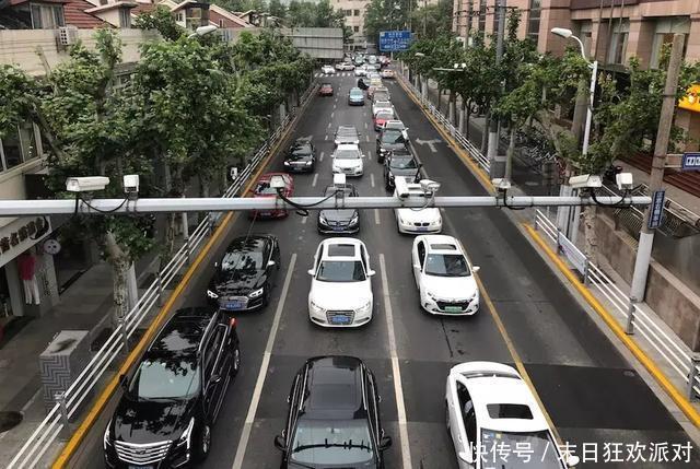 <b>又拿全国第一在上海平均每537辆车才能分摊到一个车位心累</b>