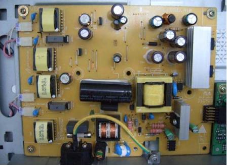 显示器电源电路板中的开关二极管在哪?