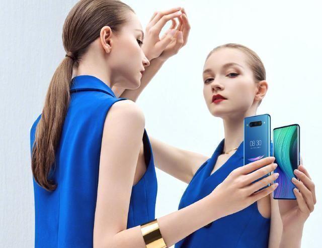 <b>今年关注度最低的两款旗舰手机,像素最高可达1亿?</b>